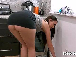 Gorgeous brunette big ass babe Aidra Fox fucks handy man