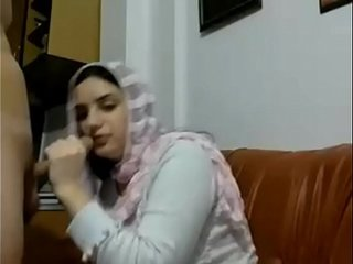 Hot Muslim arab girl with Big boobs gives blowjob and gets fucked in doggystyle